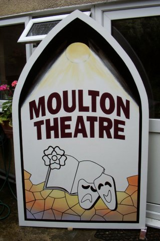 phoca_thumb_l_Moulton Theatre Sign